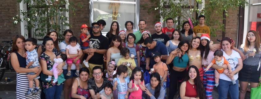 Celebración de Navidad con hijos de estudiantes